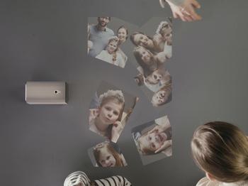 x03Xperia Projector_01.jpg